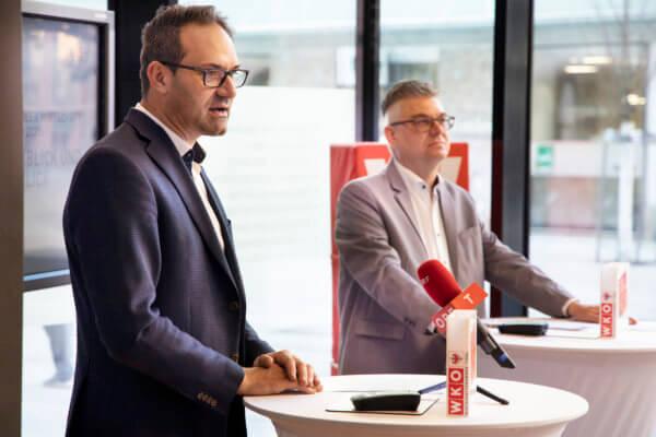 WK-Präsident Christoph Walser und Stefan Garbislander, Leiter Wirtschaftspolitik & Strategie (v.l.).