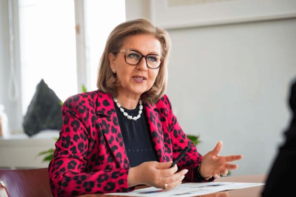Wirtschaftslandesrätin Patrizia Zoller-Frischauf unterstreicht die Bedeutung von Förderungen als wichtige wirtschaftspolitische Impulse.