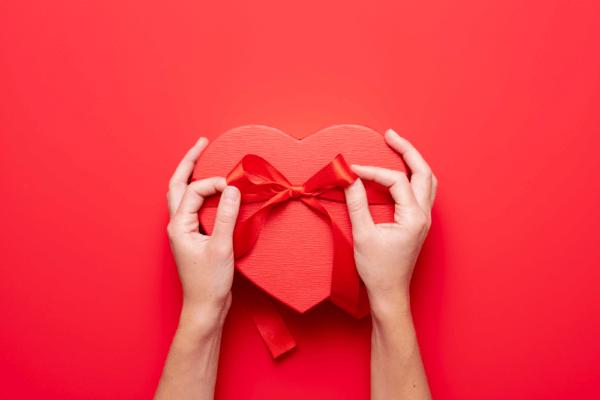 Valentinstag: Handel hofft auf Umsätze