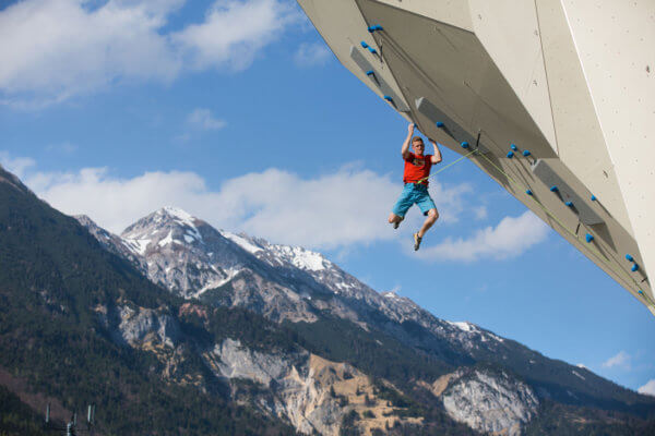 Die Tiroler sind dafür bekannt, dass sie sportbegeistert sind. Nach einer langen Durststrecke dürfen die Freizeit- und Sportbetriebe − wie das Kletterzentrum Innsbruck − in der zweiten Maihälfte endlich wieder aufsperren.