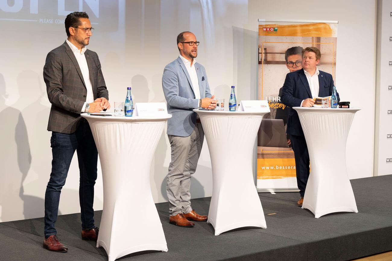 """Pressekonferenz """"Tourismus: Zurück an den Gast"""": Alois Rainer (Fachgruppenobmann Gastronomie), Mario Gerber (Spartenobmann Tourismus) und Spartengeschäftsführer Thomas Geiger (v.l.)."""