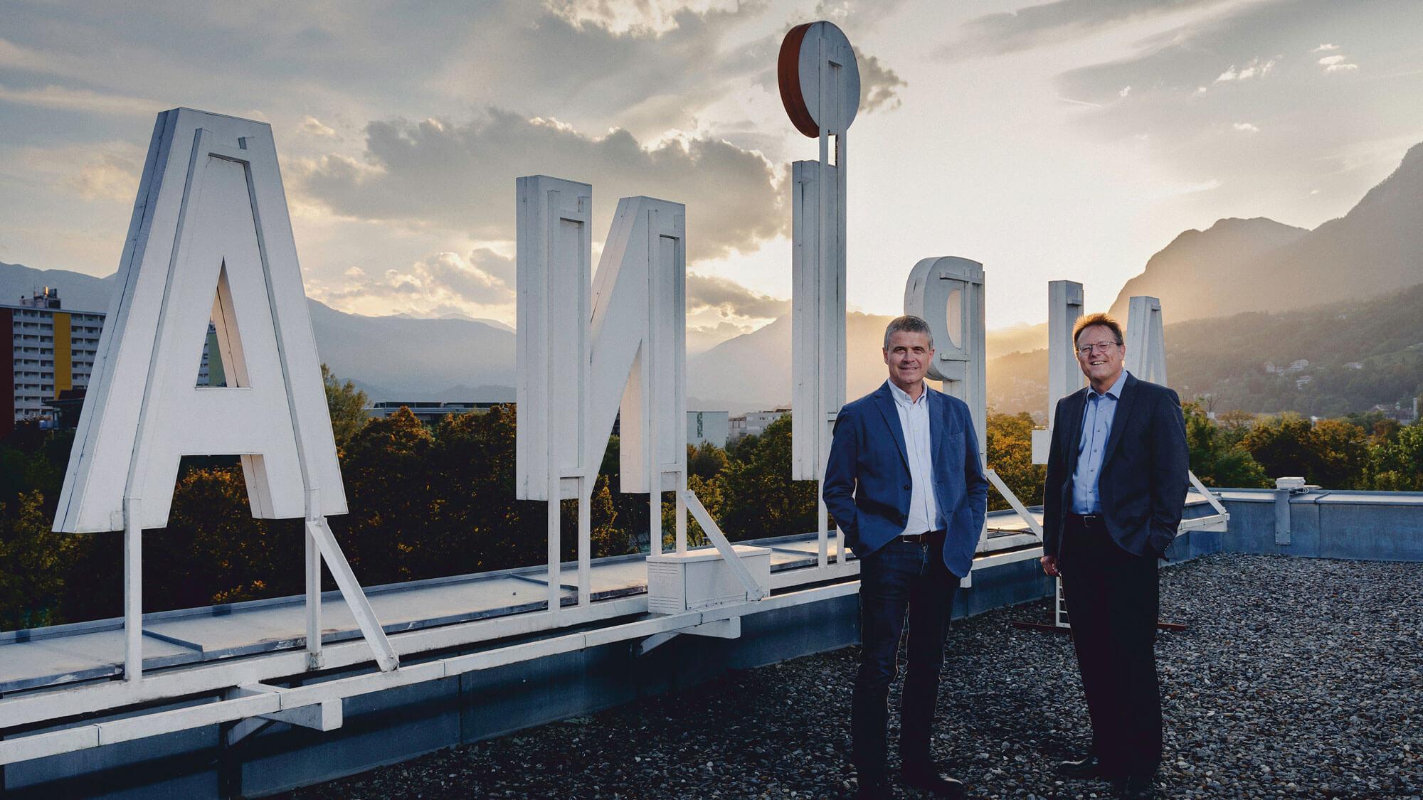 Teamwork: Die beiden Geschäftsführer von Alpina Druck Martin Fiegl (l.) und Andreas Lechleitner.