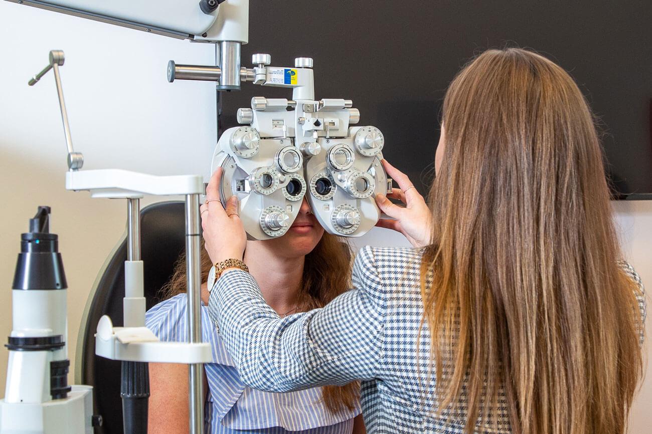 Die Augenoptik-Ausbildung am WIFI Tirol orientiert sich stark an der Praxis und am Bedarf der heimischen Unternehmen.